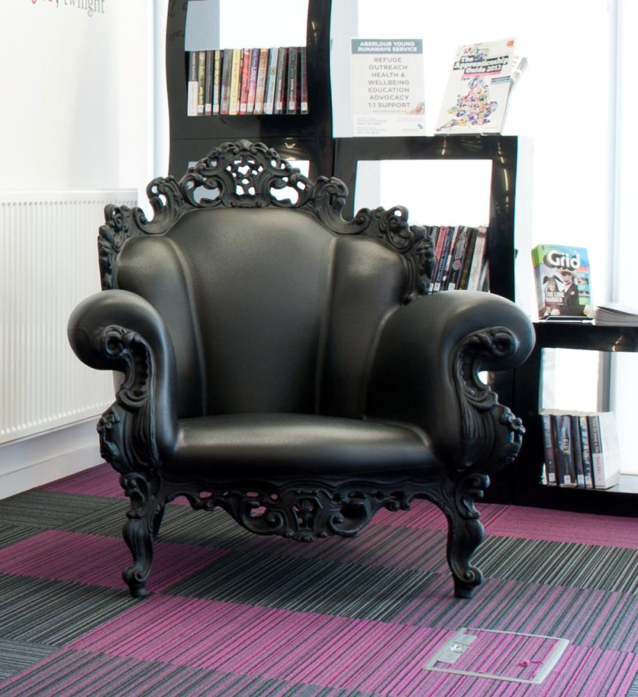 Stol Proust, svart