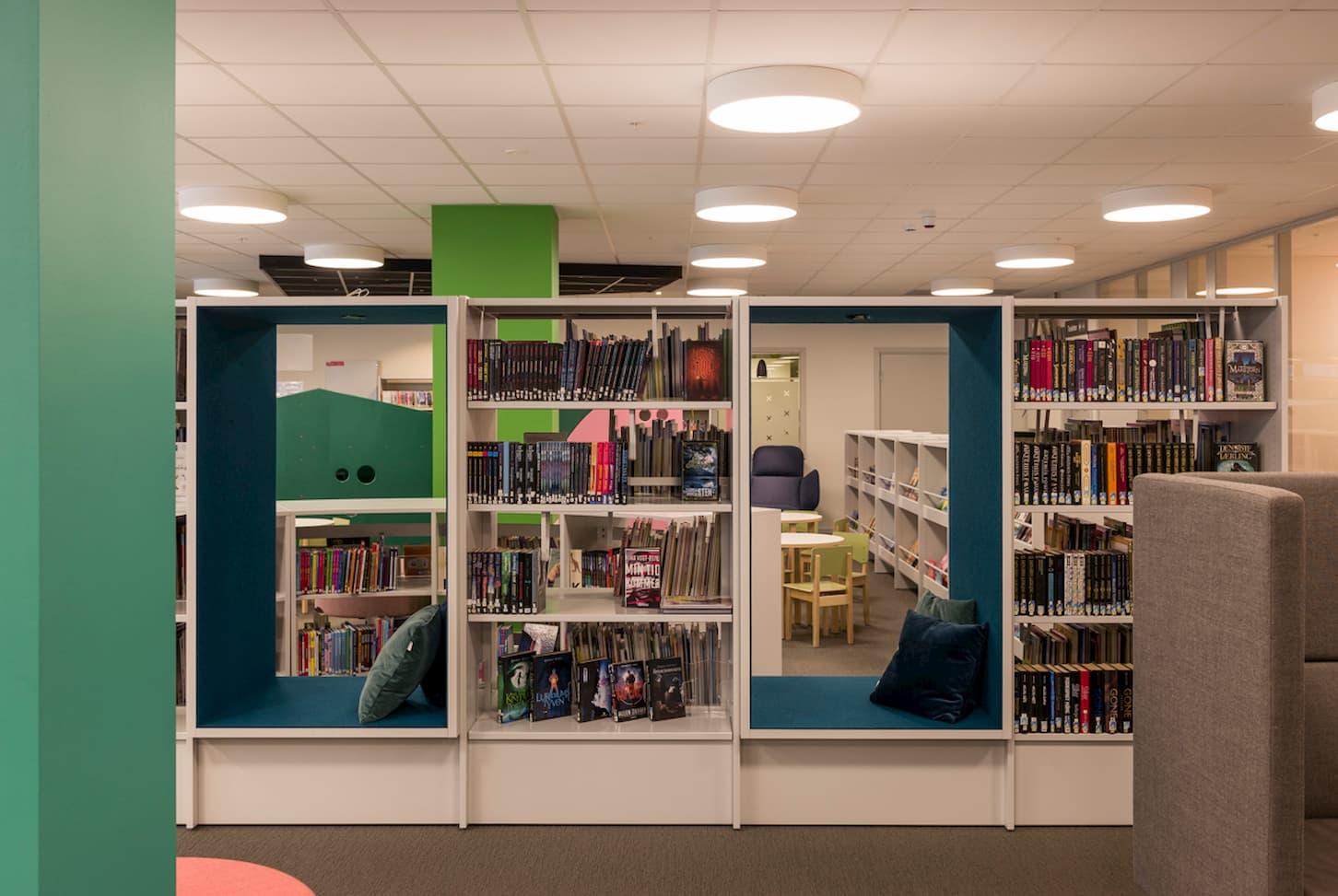 Bibliotekinnredning Holmestrand Bibliotek